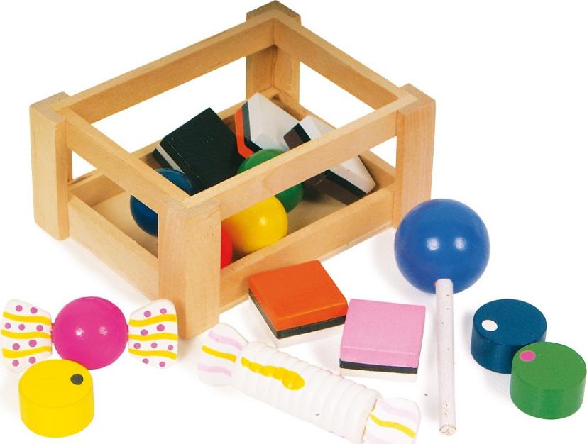 petite cagette de bonbons en bois de d nette et marchande chez les enfants. Black Bedroom Furniture Sets. Home Design Ideas