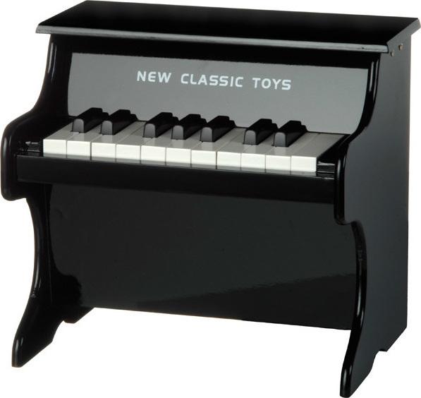 piano en bois pour enfant chez les enfants. Black Bedroom Furniture Sets. Home Design Ideas