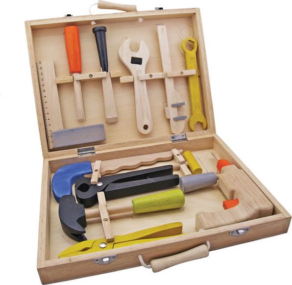 maxi boite outils en bois pour petit bricoleur d butant chez les enfants. Black Bedroom Furniture Sets. Home Design Ideas